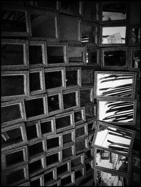 Original image of mirrors flipped