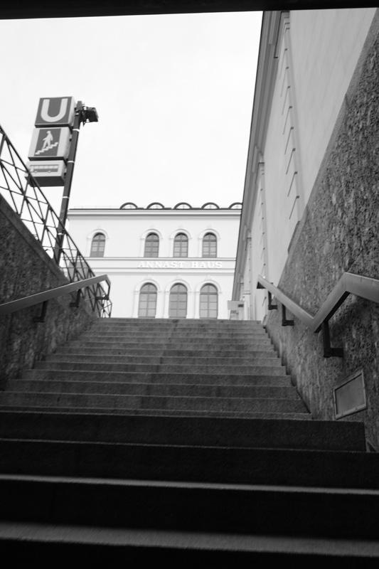 emmy-horstkamp-munich-artists-walk-january-2016DSC00138